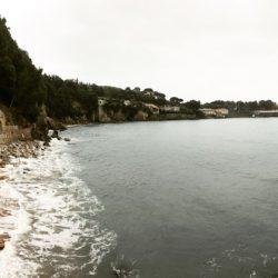 Spiaggia dietro il castello di Lerici