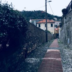Zona Pedonale - verso il centro di Lerici. Location Scouting Italia - duzimge