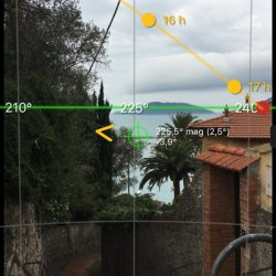 Sun Surveyor screenshot con percorso del sole su Lerici. Location Scouting Italia - duzimage