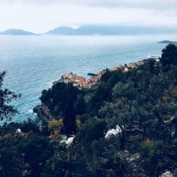 Tellaro vista dal sentiero CAI proveniente da Zanego. Location Scouting Italia - duzimage