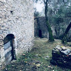 Ruderi in località Portesone nei pressi di Tellaro - Location scouting Italia - duzimage