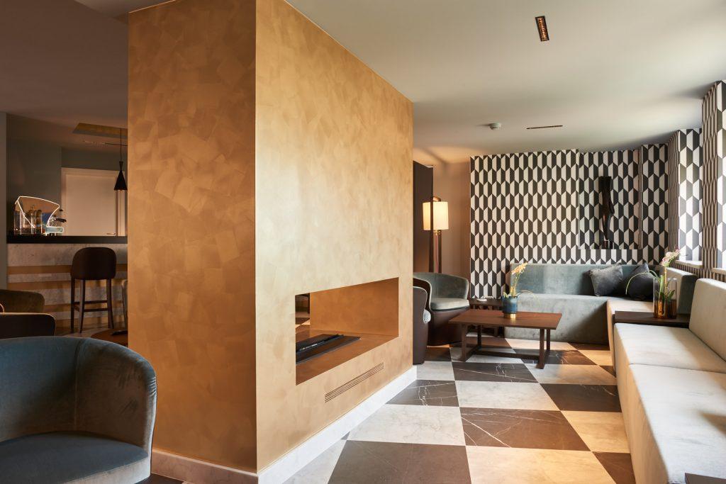 American bar del Hotel Michelangelo Carrara