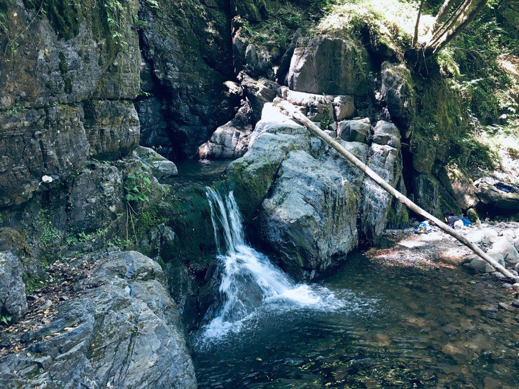 vista della cascata di Parana in Lunigiana, per Location Scouting Italia